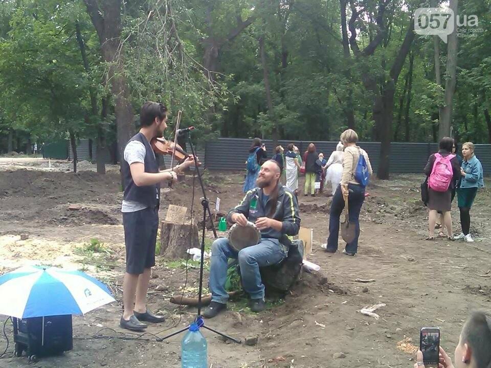 Деревья вместо паркинга: в саду Шевченко прошла экоакция, - ФОТО, фото-6