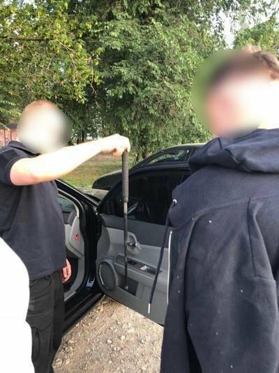 Пистолеты, автоматы и гранаты: в Харькове задержан студент, торгующий боевым оружием, -  ФОТО, фото-1