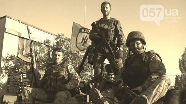"""""""Всех ультрарадикалов мы выгнали еще в 14-м году"""": интервью с офицером полка """"Азов"""", - ФОТО, фото-2"""