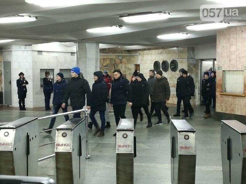 Медпункты, питьевые фонтаны и железные двери: в харьковском метрополитене провели специальные учения, - ФОТО, фото-2