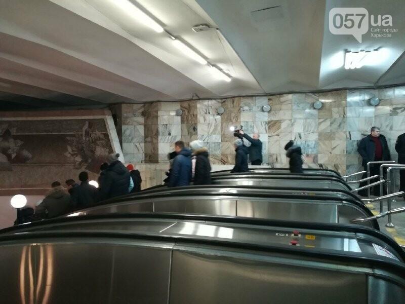 Медпункты, питьевые фонтаны и железные двери: в харьковском метрополитене провели специальные учения, - ФОТО, фото-3