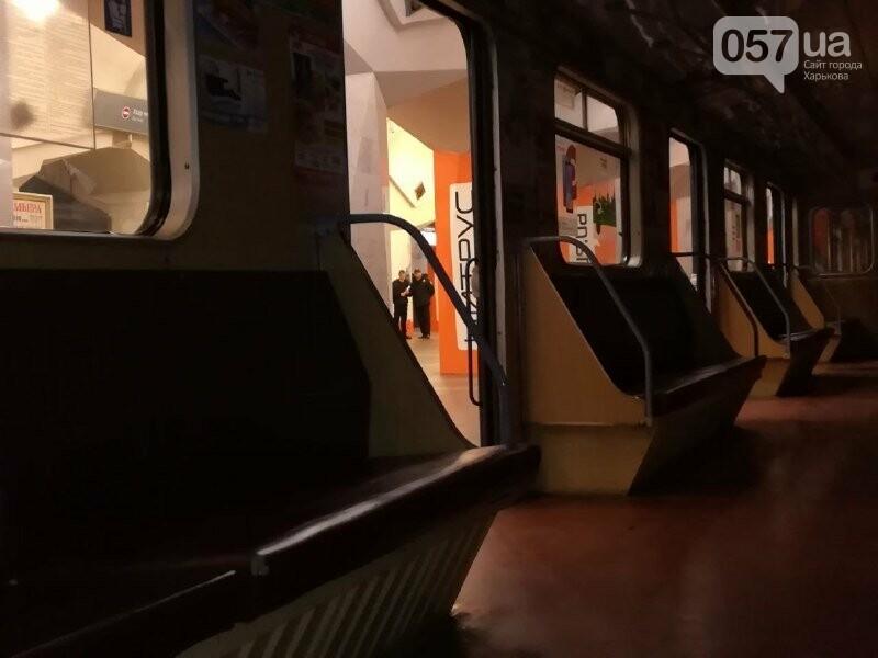 Медпункты, питьевые фонтаны и железные двери: в харьковском метрополитене провели специальные учения, - ФОТО, фото-10