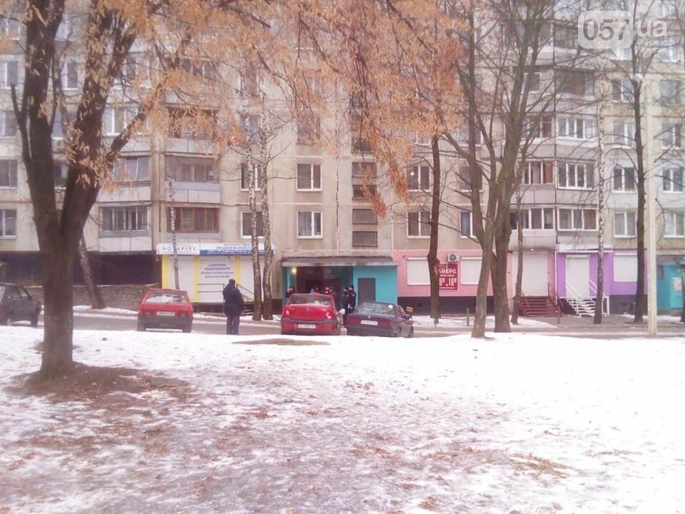 Из двух домов на Валентиновской эвакуировали людей. Что рассказали местные жители, - ФОТО, фото-3