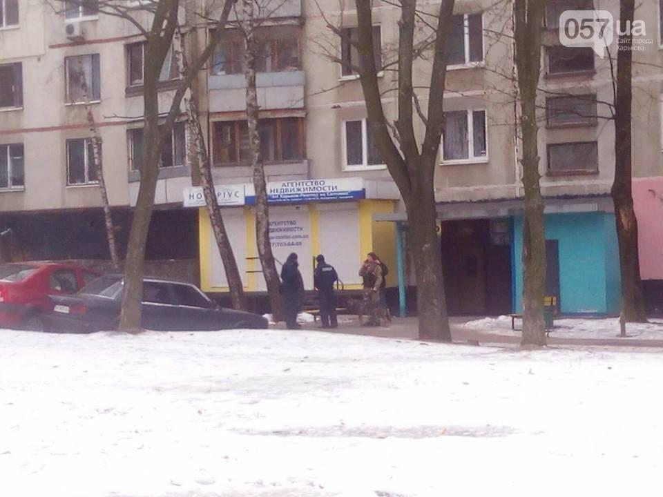 Из двух домов на Валентиновской эвакуировали людей. Что рассказали местные жители, - ФОТО, фото-12