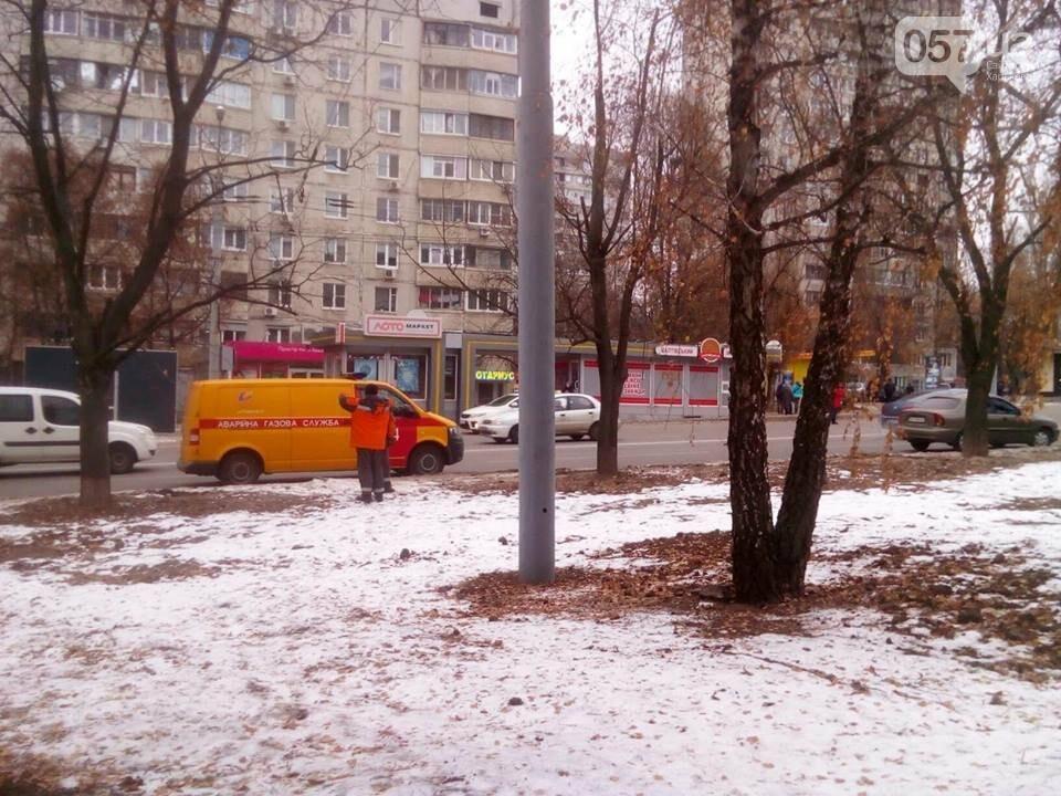 Из двух домов на Валентиновской эвакуировали людей. Что рассказали местные жители, - ФОТО, фото-9