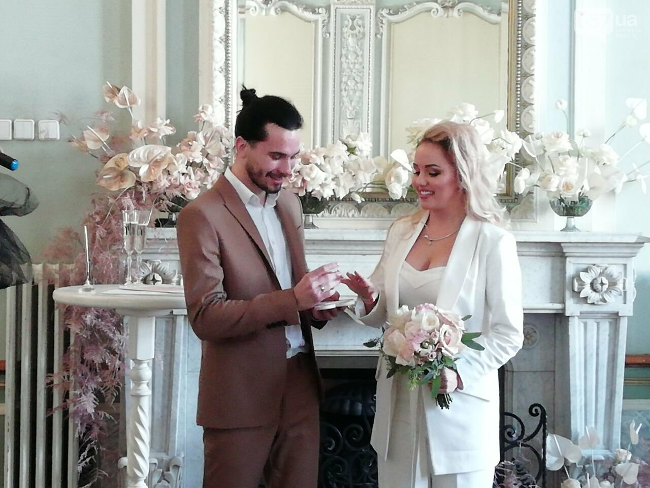 Экспресс-свадьба и звездная ведущая: в Харькове проходит Марафон влюбленных, - ФОТО, фото-6