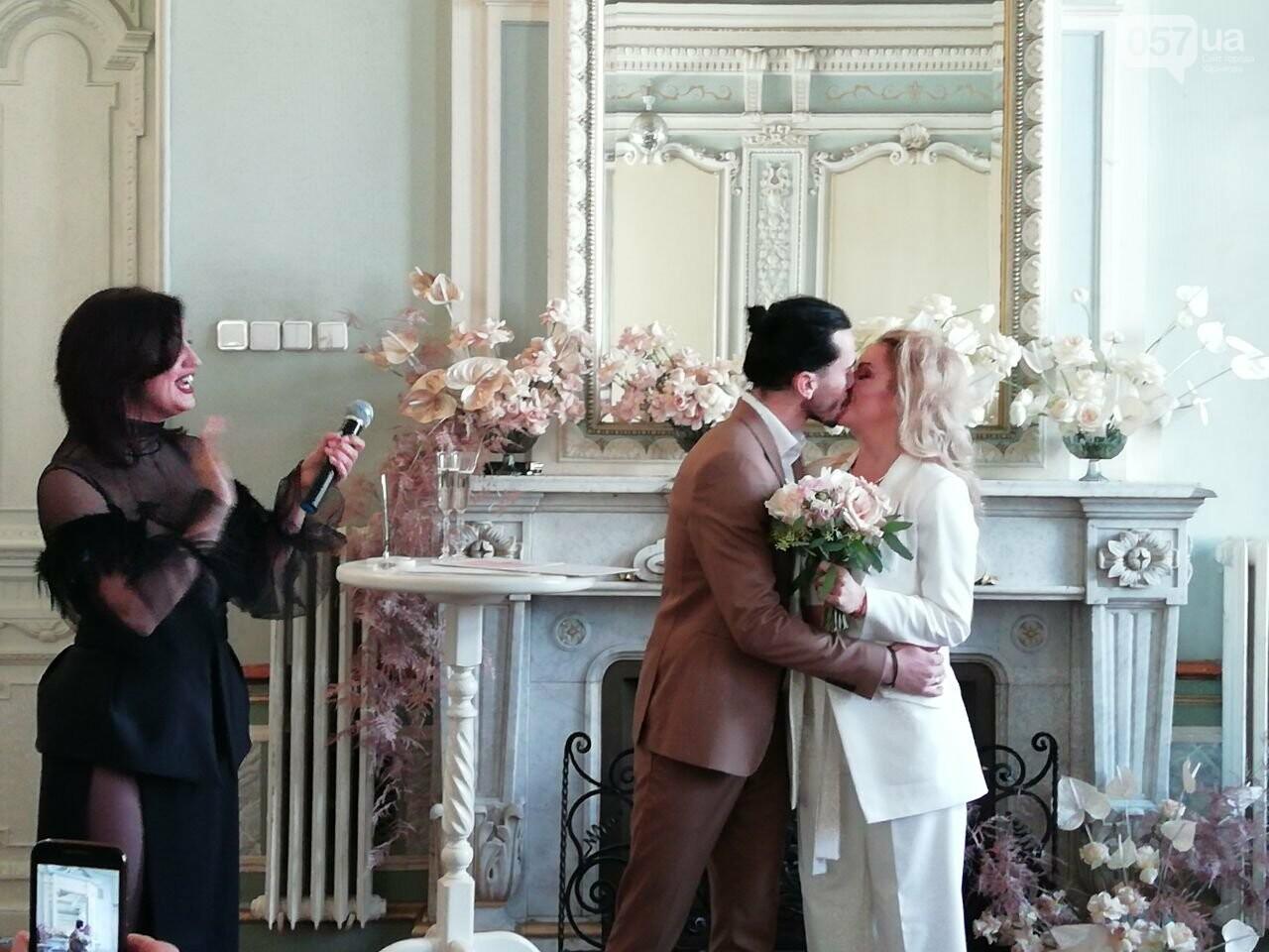 Экспресс-свадьба и звездная ведущая: в Харькове проходит Марафон влюбленных, - ФОТО, фото-11