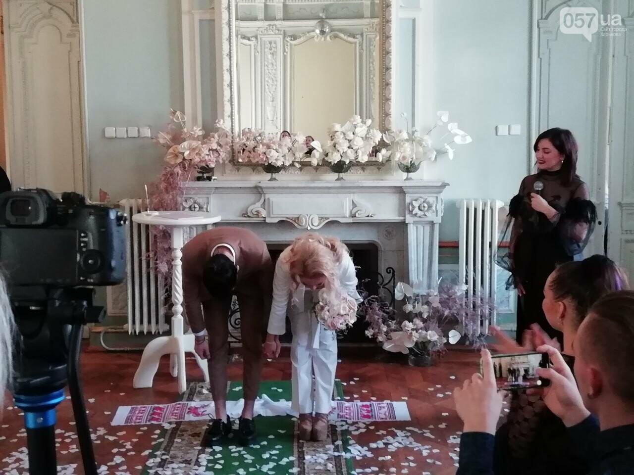 Экспресс-свадьба и звездная ведущая: в Харькове проходит Марафон влюбленных, - ФОТО, фото-12