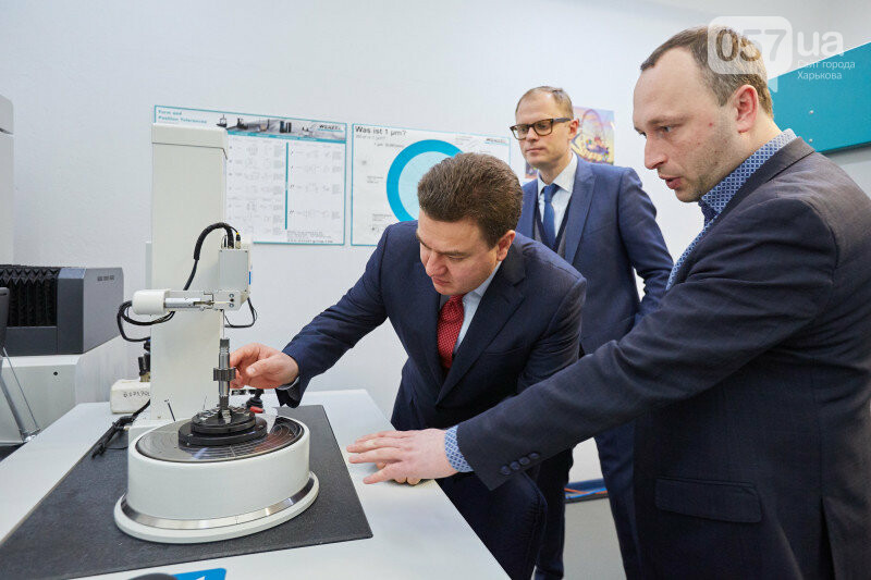 Кандидат в президенты Украины Виктор Бондарь: «моя задача – возрождение промышленности Украины», фото-1