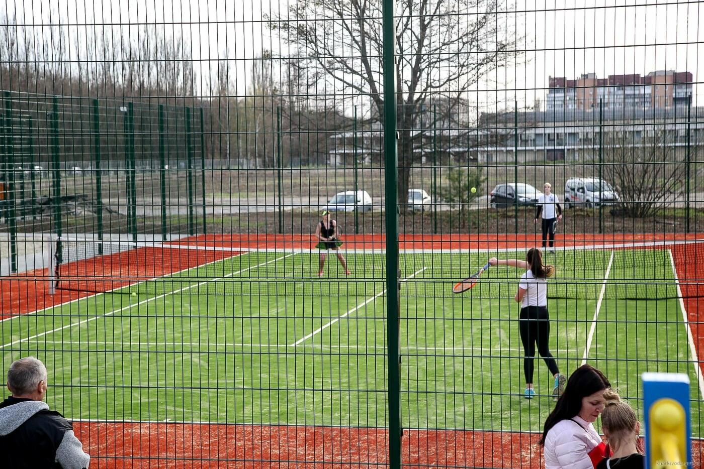 В Пятихатках открыли футбольное поле с искусственным покрытием, теннисный корт и воркаут, фото-3