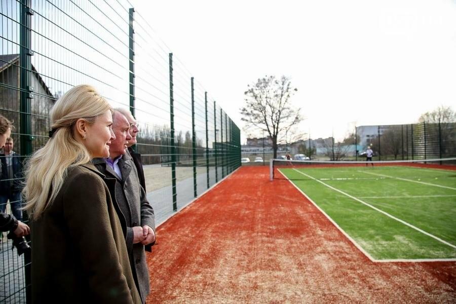 В Пятихатках открыли футбольное поле с искусственным покрытием, теннисный корт и воркаут, фото-5
