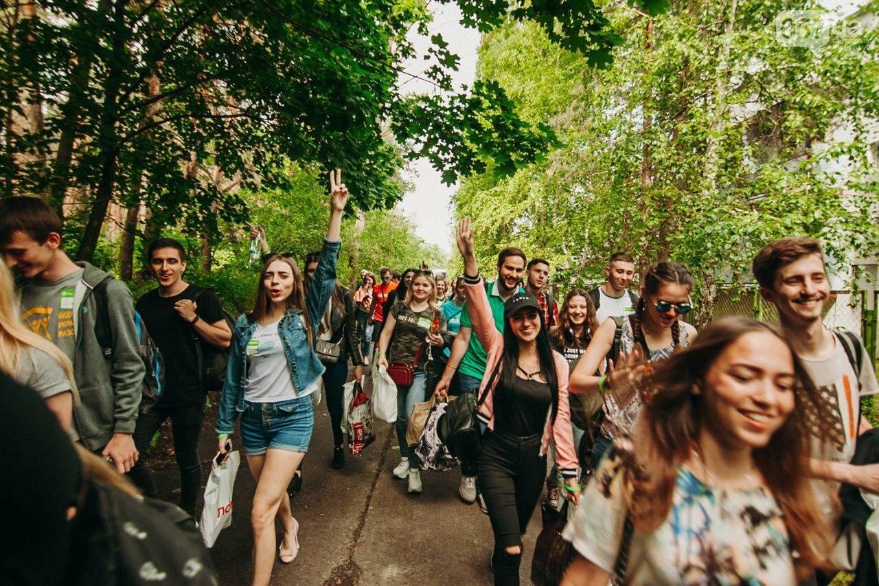 Умение говорить и верить в себя: на Харьковщине провели второй слет Лиги Образованной Молодежи, - ФОТО, фото-1