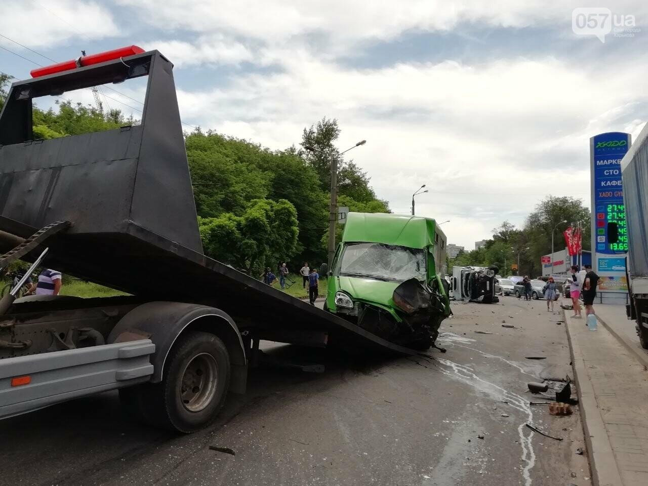 «Все сидели в крови»: подробности аварии на проспекте Тракторостроителей, - ФОТО, ВИДЕО, фото-16