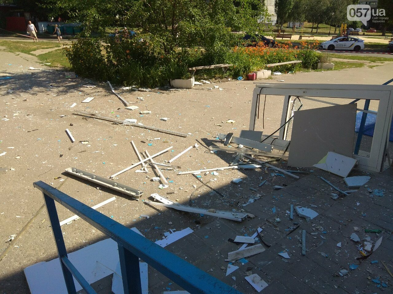 Взрыв банкомата на Алексеевке: неизвестные нанесли магазину убыток на 200 тысяч гривен, - ВИДЕО, фото-10