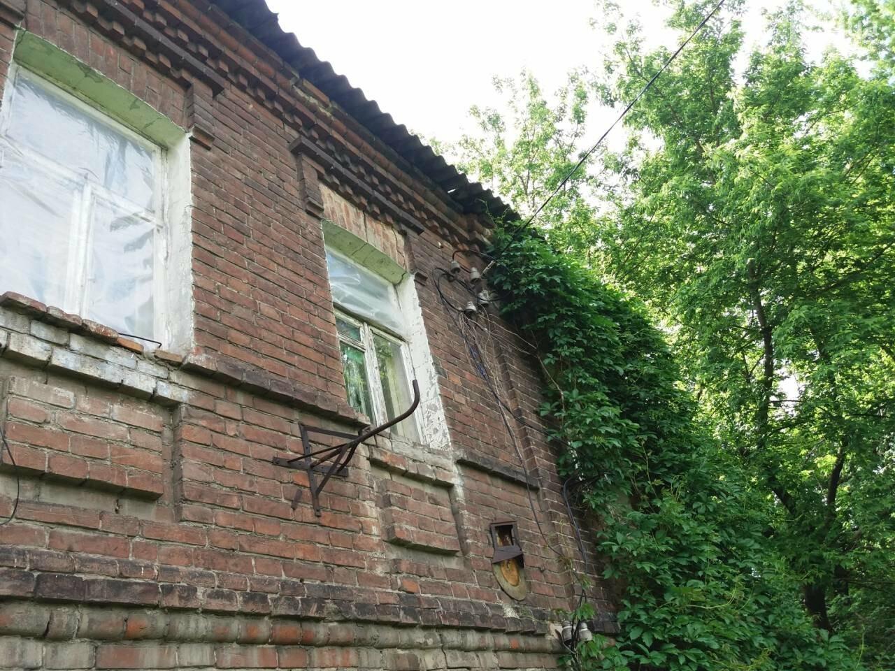 10 лет без ремонта: почему в Харькове не спешат восстанавливать аварийный дом, - ФОТО, фото-32