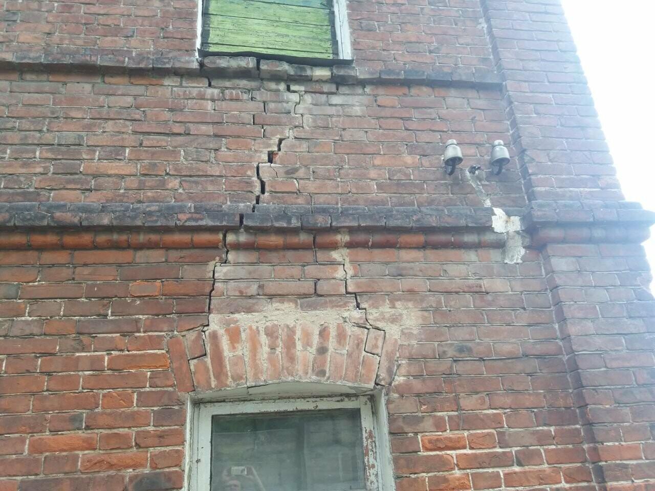 10 лет без ремонта: почему в Харькове не спешат восстанавливать аварийный дом, - ФОТО, фото-29