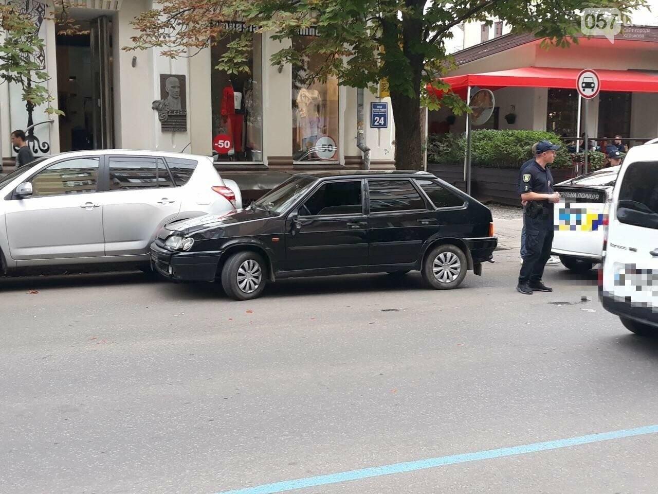 В центре Харькова «легковушка» сбила 16-летнюю девушку: пострадавшая в больнице, - ФОТО, ВИДЕО, фото-2