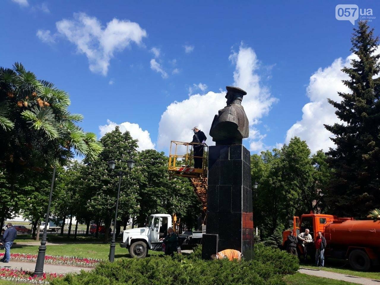 В Харькове неизвестные вновь облили красной краской памятник Жукову, - ФОТО, фото-3