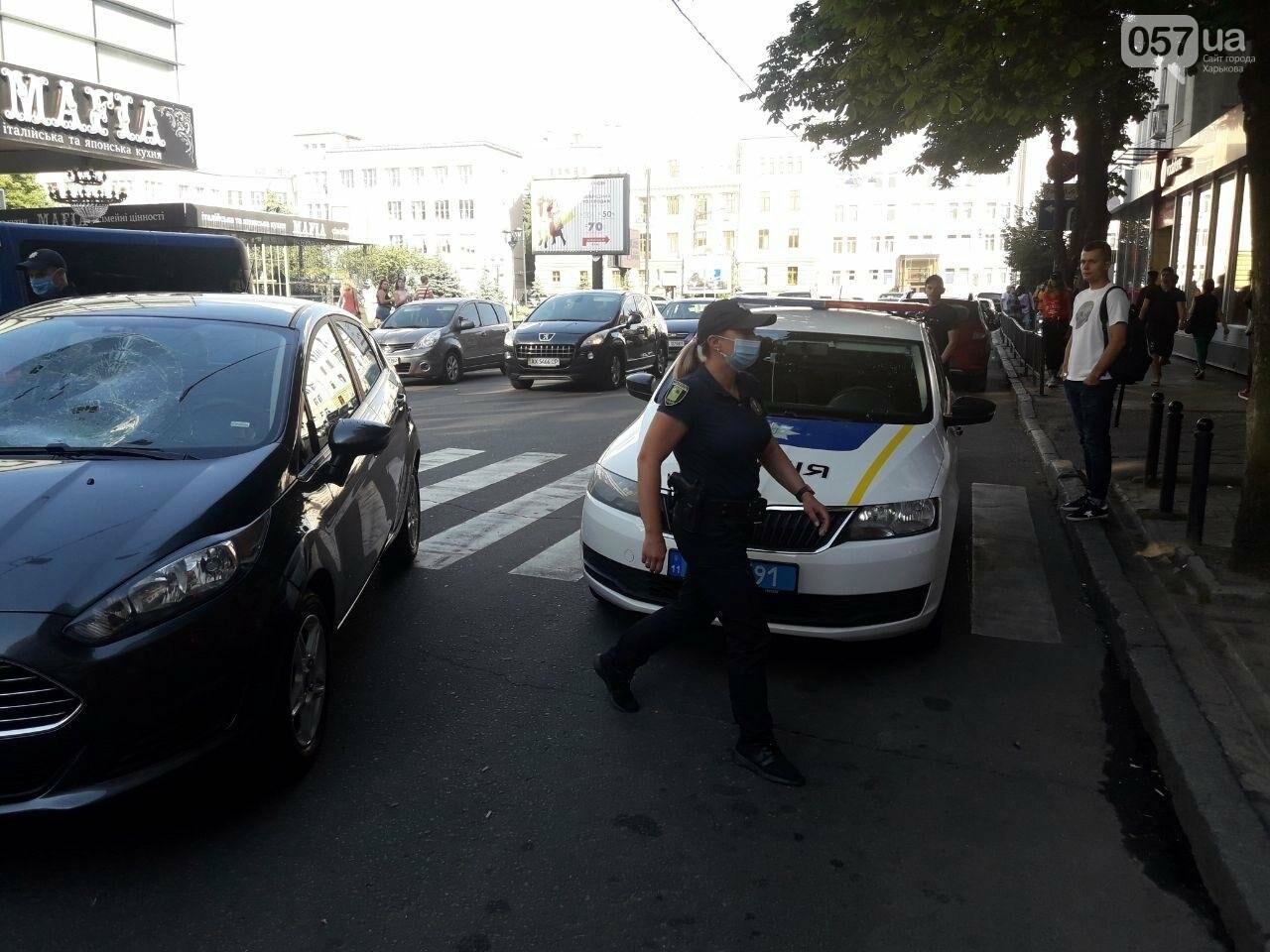 """На """"Пушкинской"""" легковое авто сбило пешехода на """"зебре"""": пострадавший в больнице, - ФОТО, фото-5"""