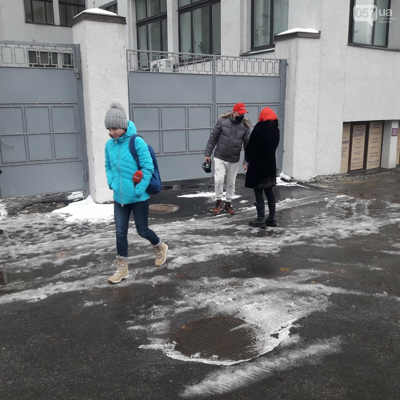 """В Харькове женщина упала с шестого этажа """"Госпрома"""" и разбилась насмерть, - ФОТО, фото-3"""