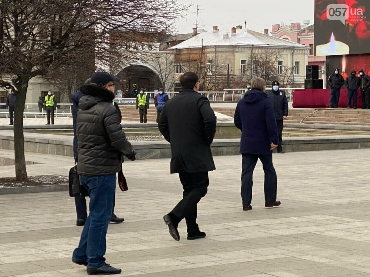 Похороны Геннадия Кернеса. Как прощаются с мэром Харькова, - ОНЛАЙН-ТРАНСЛЯЦИЯ, фото-37