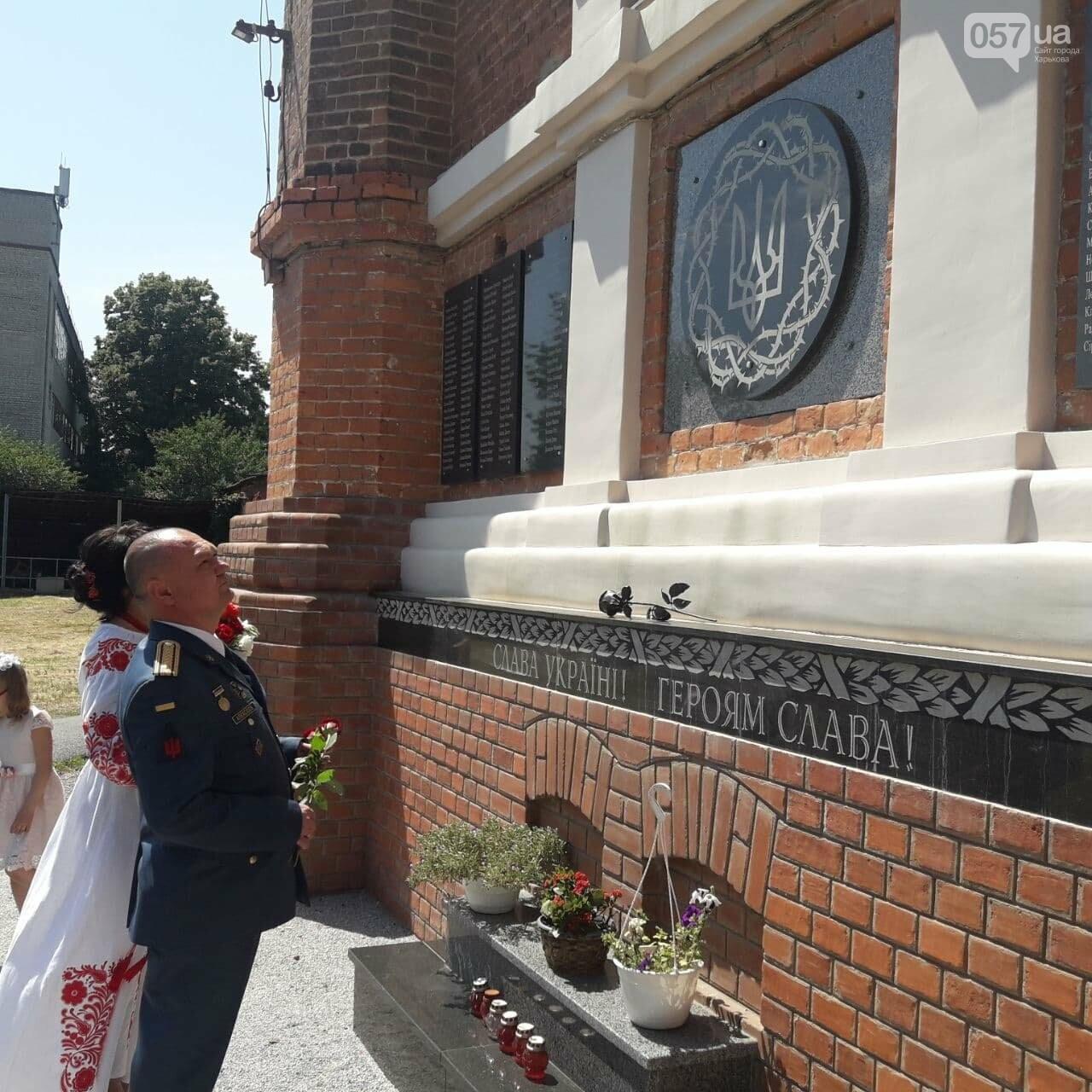Гарнизоны, война и любовь: в Харькове «Киборг», оборонявший Донецкий аэропорт, обвенчался с супругой после 25 лет брака, - ФОТО, фото-14