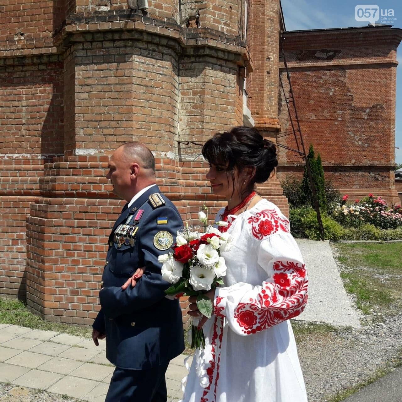 Гарнизоны, война и любовь: в Харькове «Киборг», оборонявший Донецкий аэропорт, обвенчался с супругой после 25 лет брака, - ФОТО, фото-3