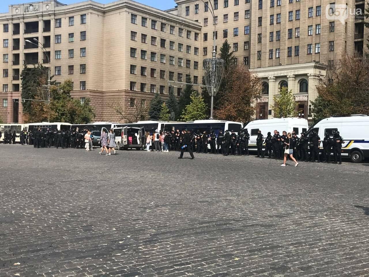«Нет важней любви». Как в центре Харькова прошел ЛГБТ-марш, - ФОТОРЕПОРТАЖ, фото-18