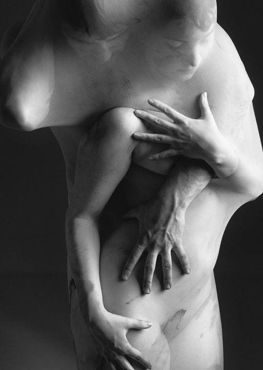 otkrovenniy-beseda-o-sekse-tolstie-moshnie-zhopi-zrelih-zhenshin-foto