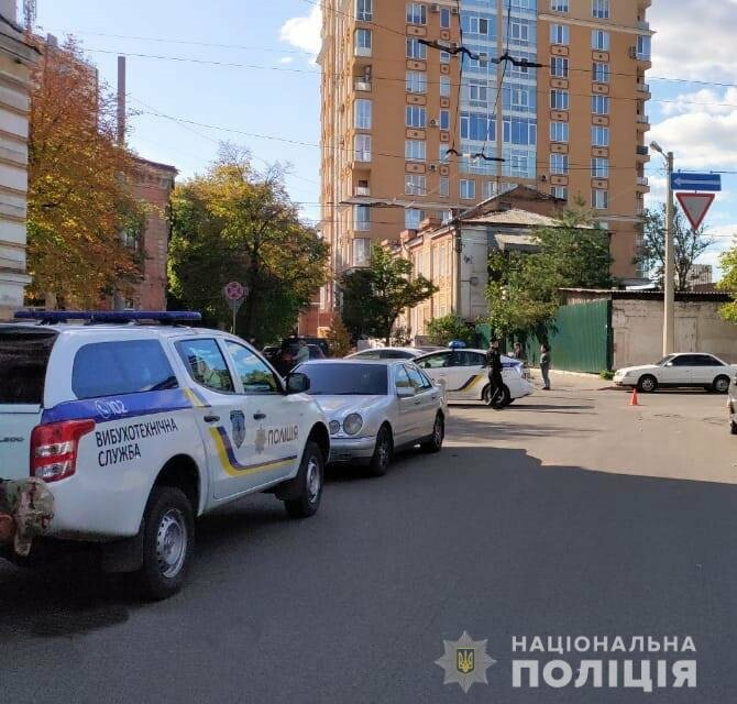 Массовое 'минирование' в Харькове: из зданий эвакуировали тысячу челов