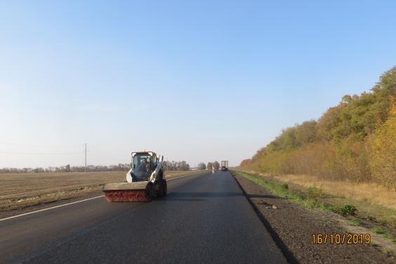 На Харьковщине восстанавливают участок трассы Мерефа - Лозовая - Павлоград за Лозовой
