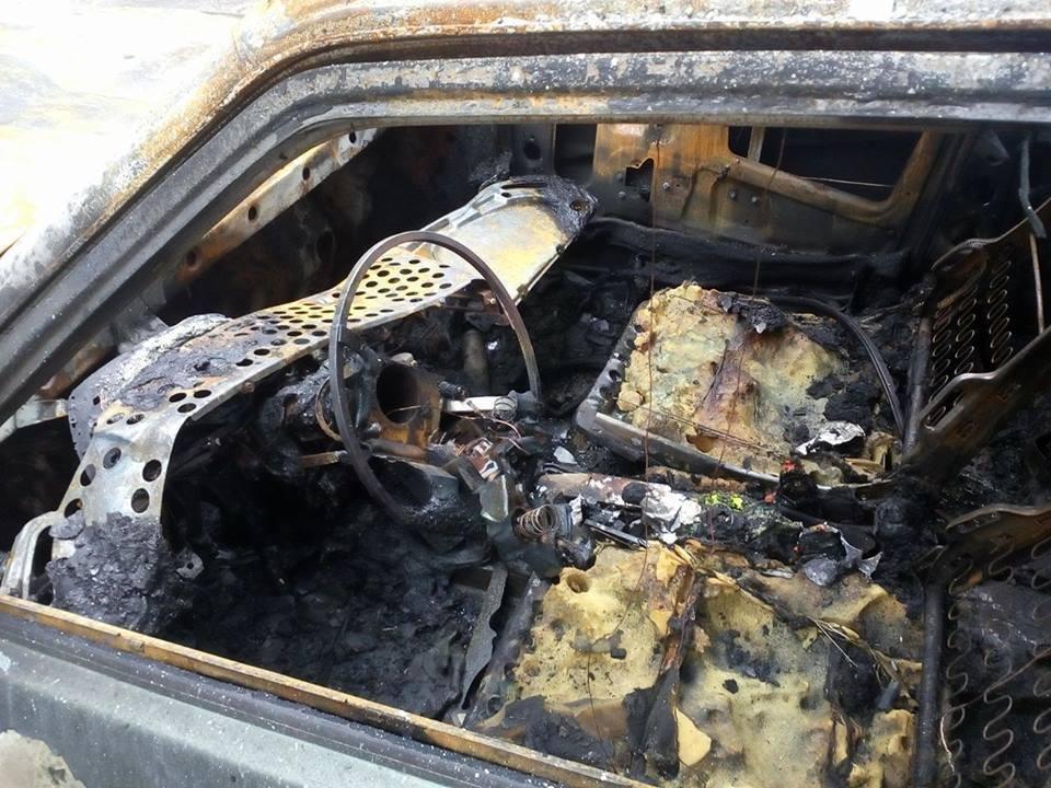 В Харькове неизвестные подожгли автомобиль журналиста (ФОТО) , фото-2