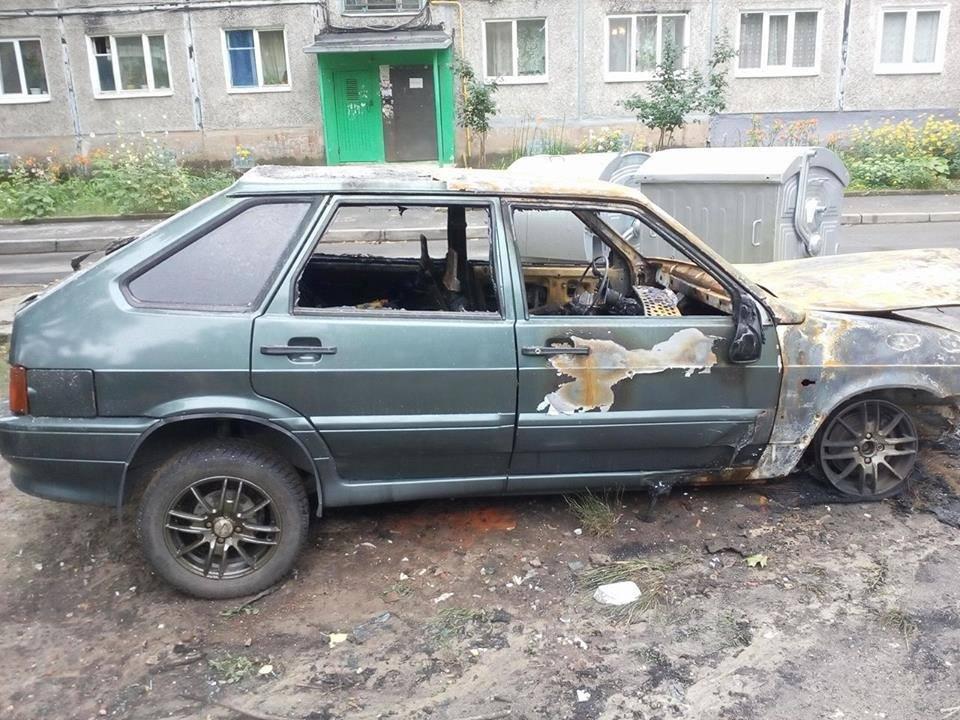 В Харькове неизвестные подожгли автомобиль журналиста (ФОТО) , фото-1