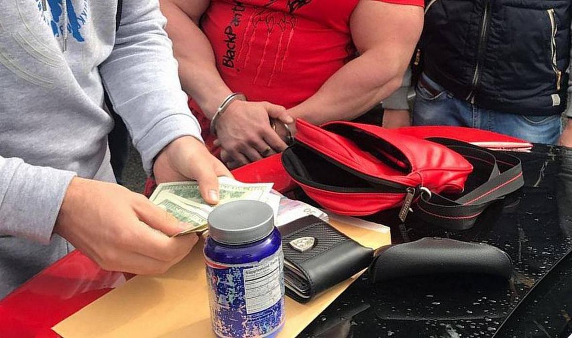 В Харьковской области задержали работника суда и экс-милиционера, которые переправляли в Россию стероиды (ФОТО) , фото-4