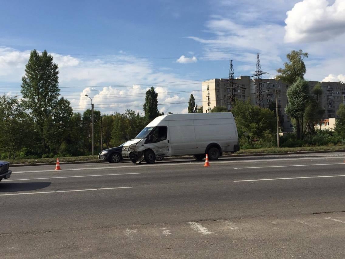 В Харькове не разминулись четыре автомобиля (ФОТО) , фото-1