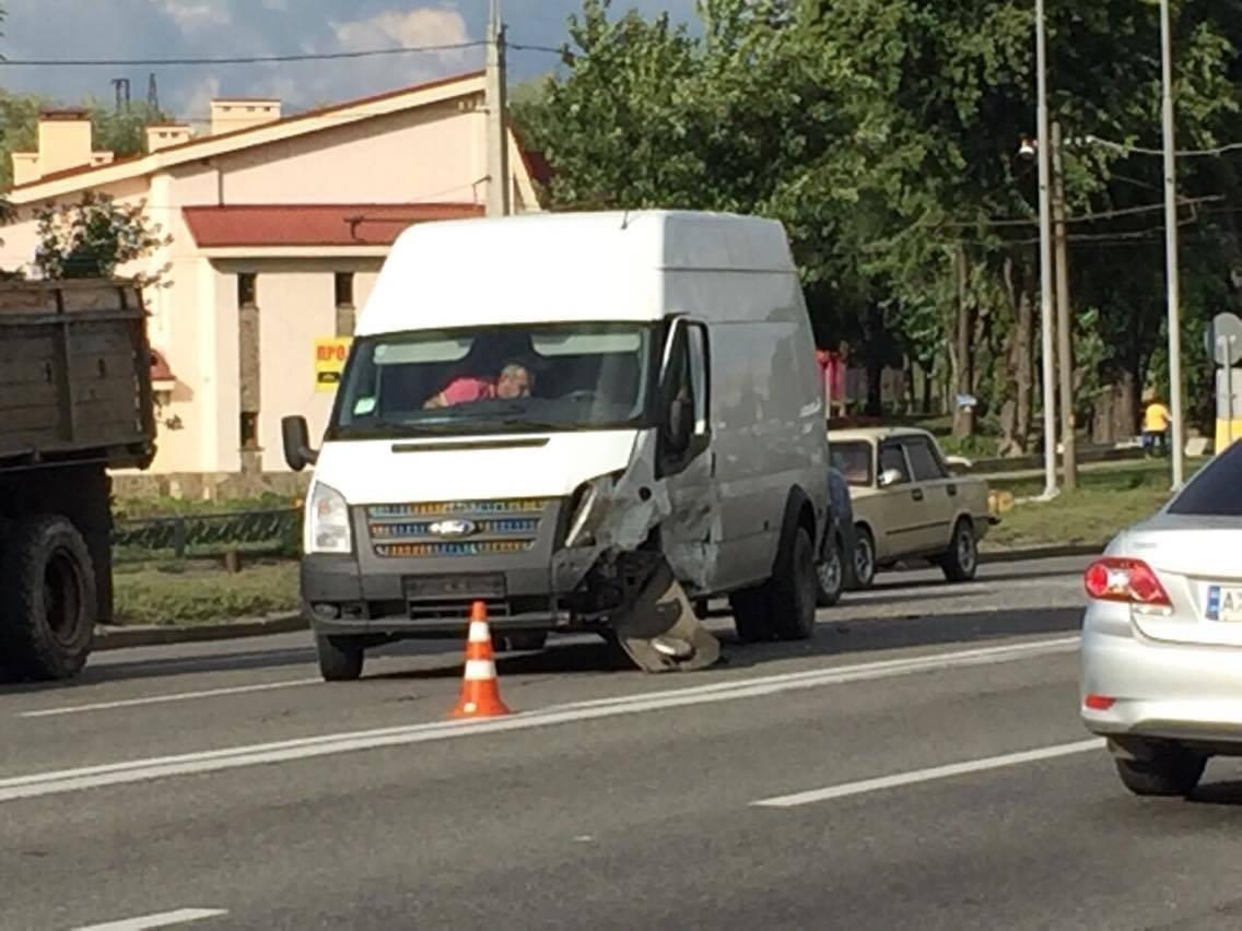 В Харькове не разминулись четыре автомобиля (ФОТО) , фото-3