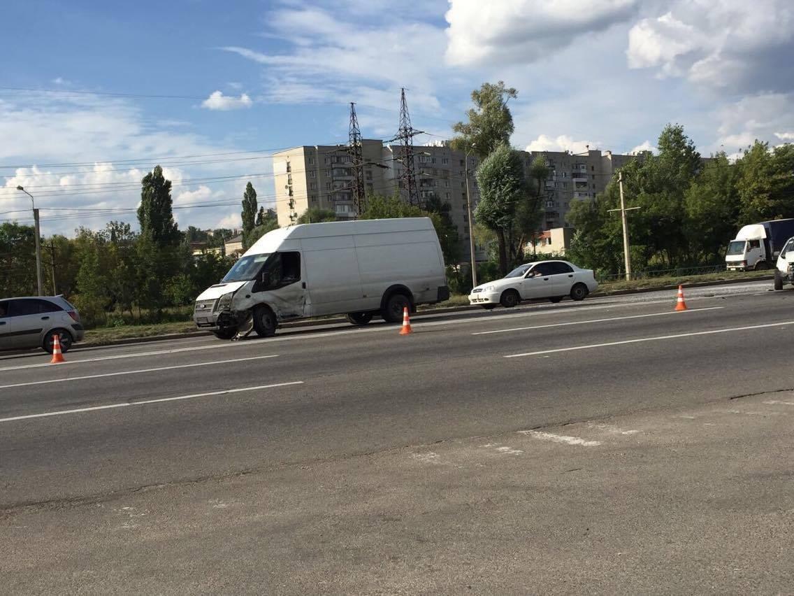 В Харькове не разминулись четыре автомобиля (ФОТО) , фото-5
