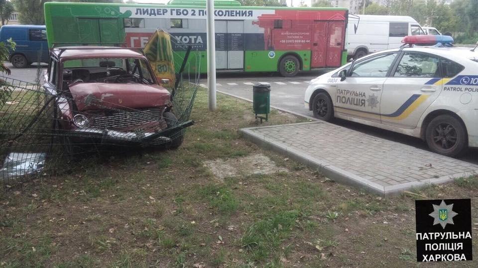 В ДТП на Полтавском Шляхе пострадали три человека (ФОТО) , фото-4