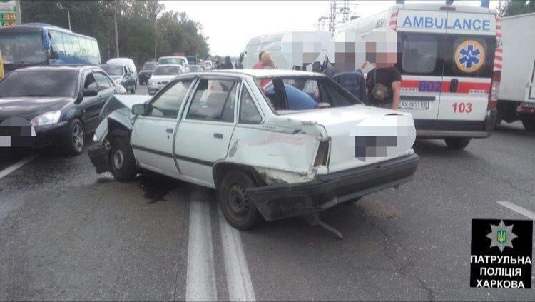 В ДТП на Полтавском Шляхе пострадали три человека (ФОТО) , фото-2