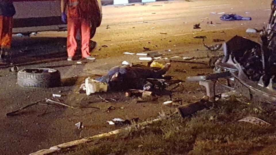 На проспекте Гагарина Mercedes разнесло об столб. Погибли трое иностранных студентов (ФОТО), фото-8