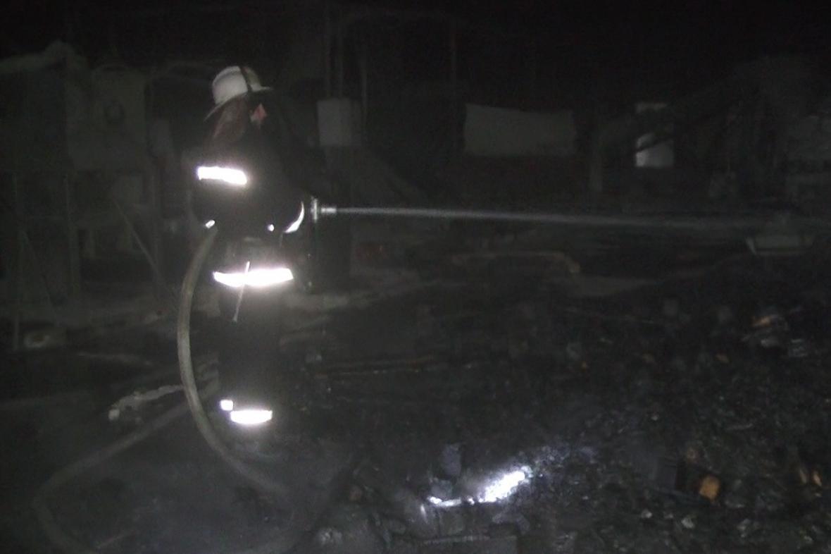 В Харькове горел склад с полипропиленом (ФОТО), фото-4