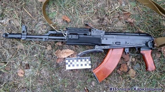 Под Харьковом мужчина открыл на улице стрельбу из автомата (ФОТО), фото-5