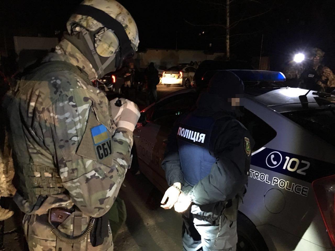 В Харькове задержали группу патрульных полицейских, которые вымогали у водителей взятки (ФОТО), фото-4
