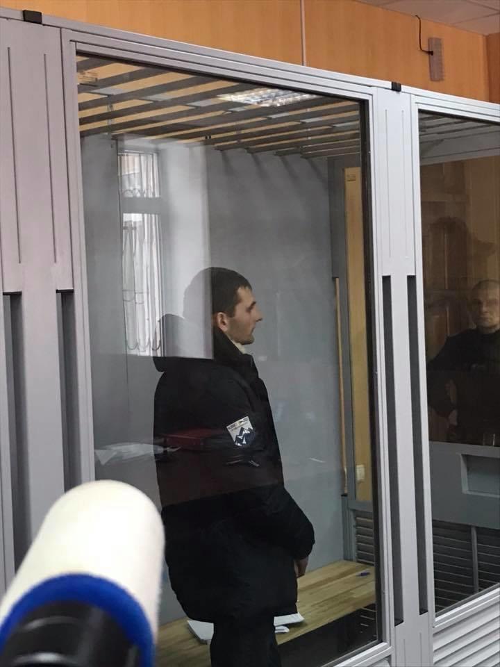 Суд избрал меру пресечения одному из патрульных, которого подозревают во взяточничестве (ФОТО) , фото-2