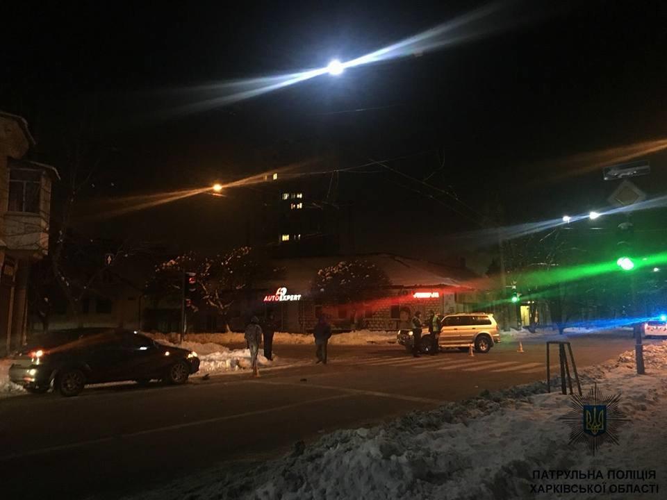В Харькове пьяный водитель на внедорожнике устроил ДТП (ФОТО), фото-2