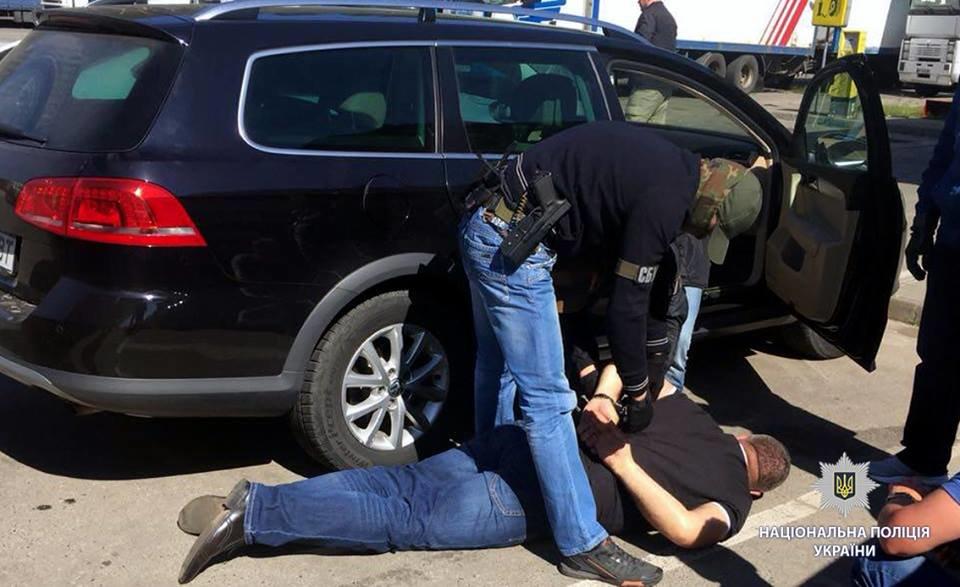 В Харькове пограничники попались на взятке в 17 тысяч долларов, - ФОТО, фото-4
