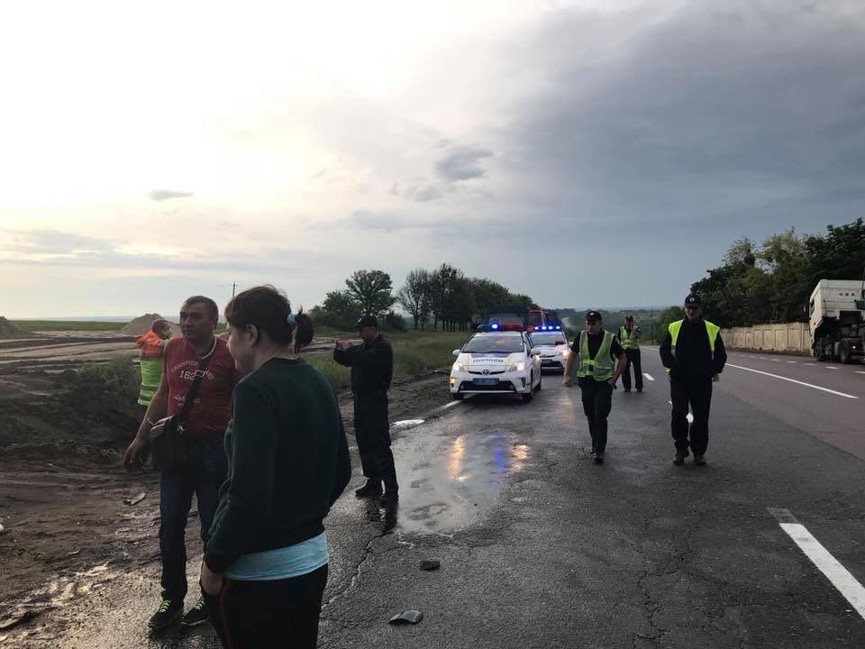 В Люботине столкнулись Opel и Volkswagen. Машины разнесло вдребезги, - ФОТО, фото-5