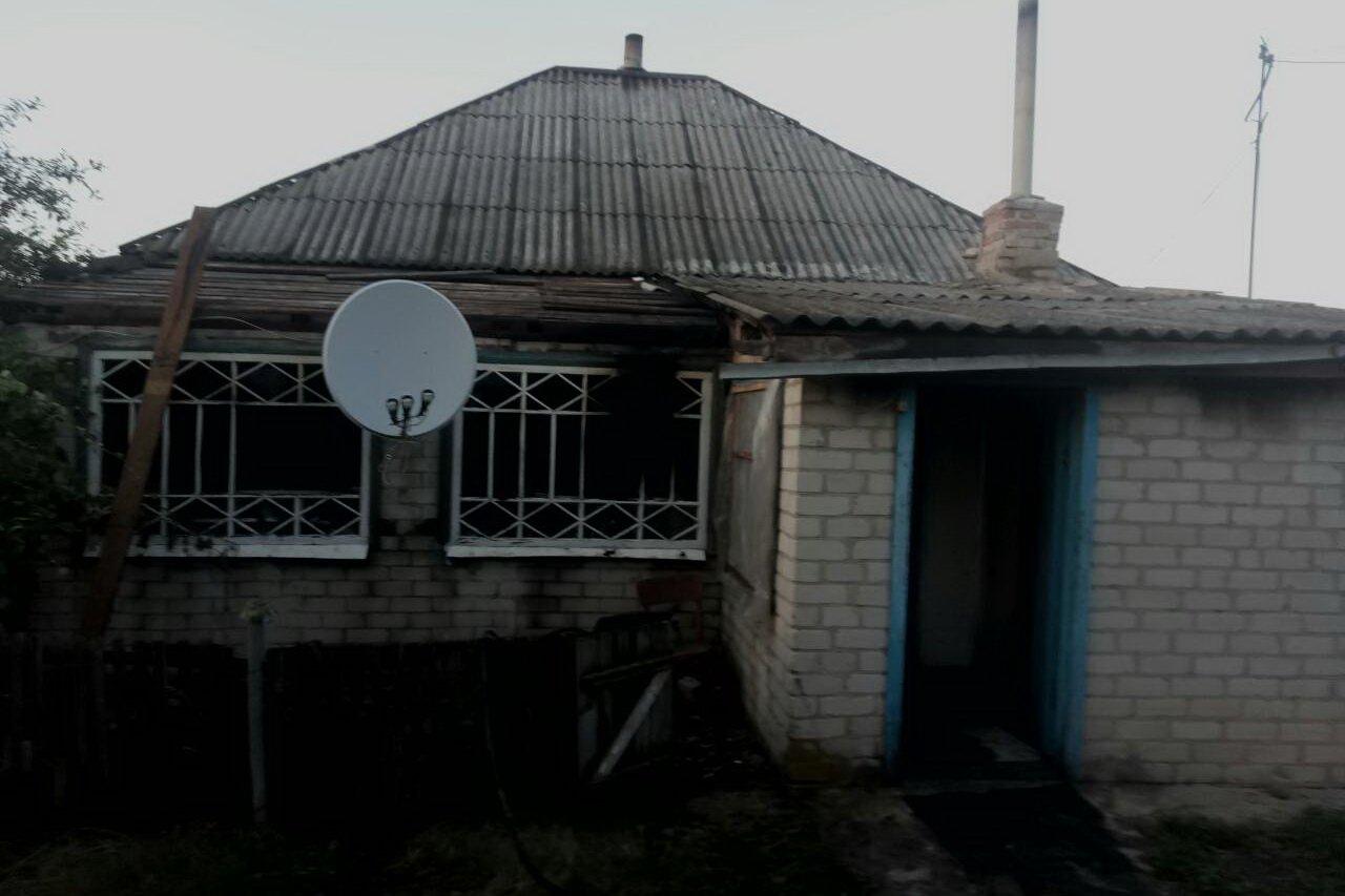 На Харьковщине из-за короткого замыкания мужчина сгорел в собственном доме, - ФОТО, фото-1