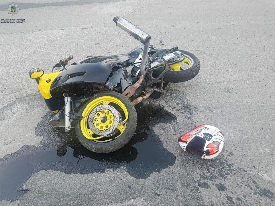 В ДТП на окружной пострадал мотоциклист, - ФОТО, фото-1