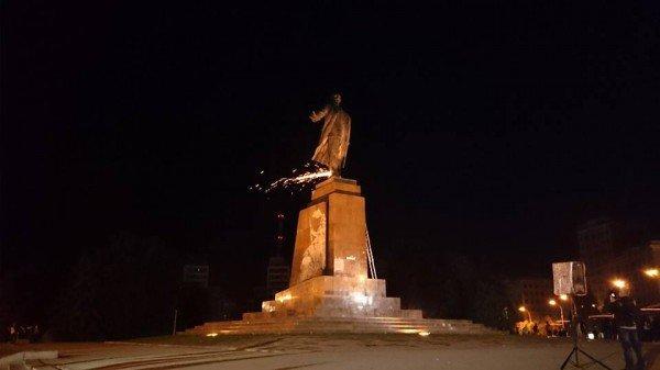 Закон о декоммунизации. Почему в Харькове не спешат сносить памятники и мемориальные доски коммунистам, - ФОТО, фото-1